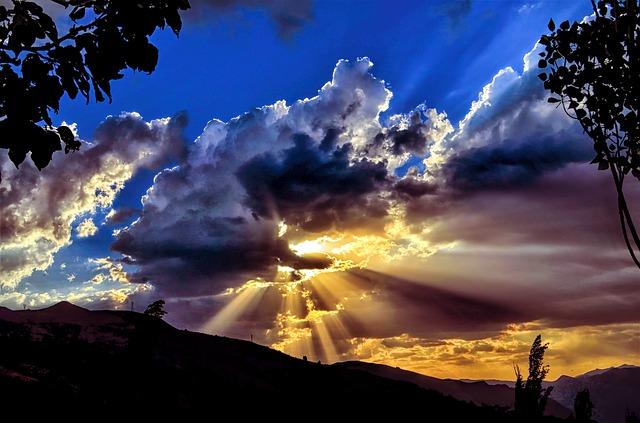 sun cloud beaut flat earth